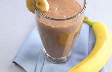 Banana-cocoa drink