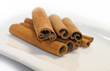 Cinnamon - picture no. 1