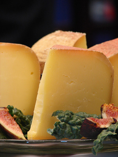 Smoked cheese - picture no. 1