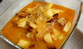 Cabbage soup with sausage - 사진 번호. 1